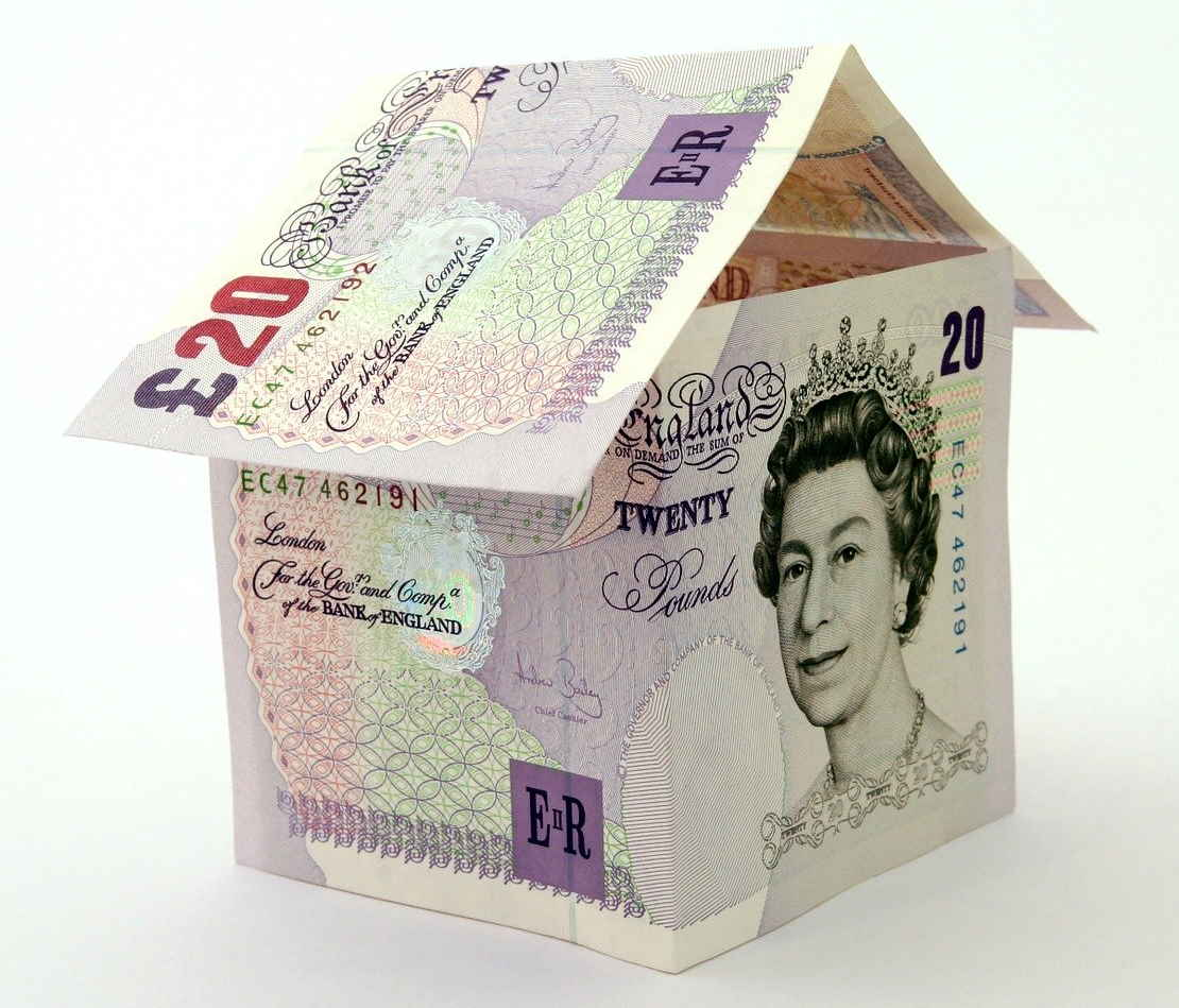 house built of £20 notes